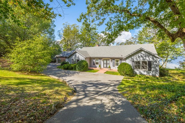 Residential/Single Family - Lookout Mountain, GA (photo 1)