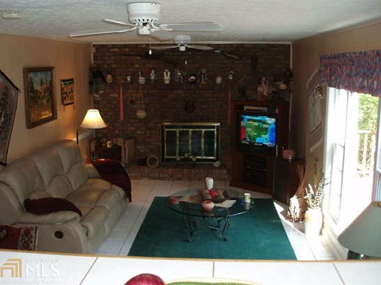 Residential/Single Family - Jonesboro, GA (photo 2)