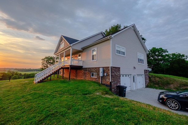 Residential/Single Family - Watertown, TN (photo 1)