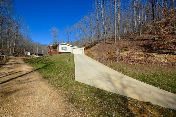 Residential/Single Family - Waverly, TN (photo 4)