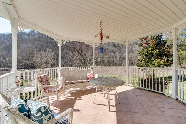 Residential/Single Family - Lafayette, TN (photo 4)