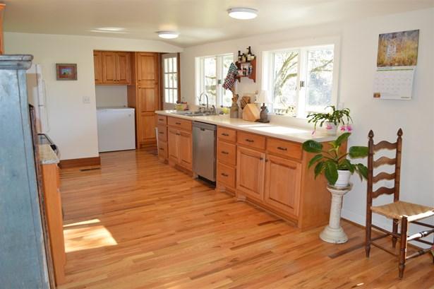 Residential/Single Family - Ethridge, TN (photo 4)