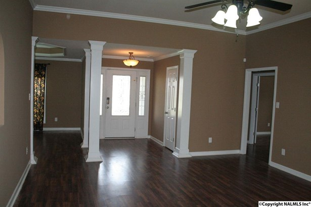 Residential/Single Family - DECATUR, AL (photo 5)