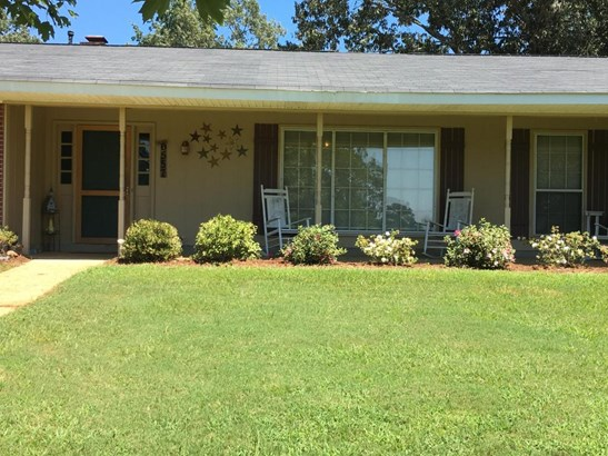 Residential/Single Family - Columbus, MS (photo 3)