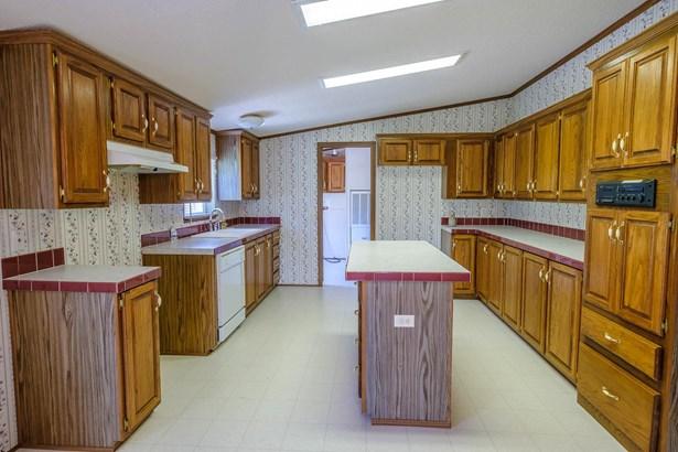 Residential/Single Family - Liberty, TN (photo 4)