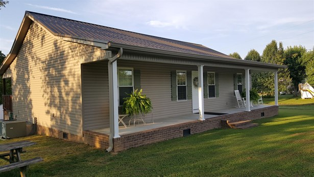 Residential/Single Family - McMinnville, TN (photo 2)