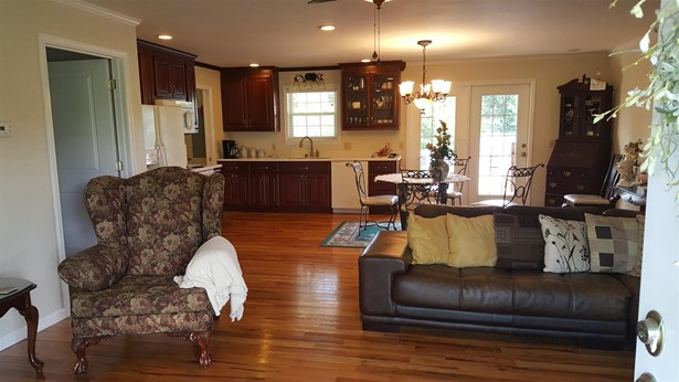 Residential/Single Family - McMinnville, TN (photo 3)
