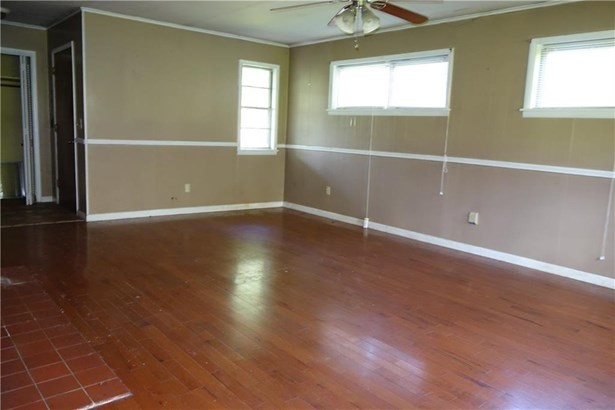 Residential/Single Family - Decatur, AR (photo 5)