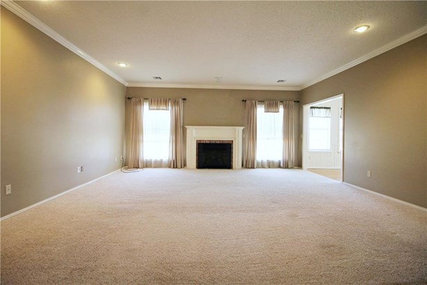 Residential/Single Family - Lowell, AR (photo 2)