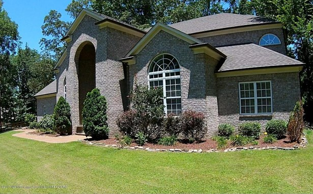 Residential/Single Family - Nesbit, MS (photo 4)