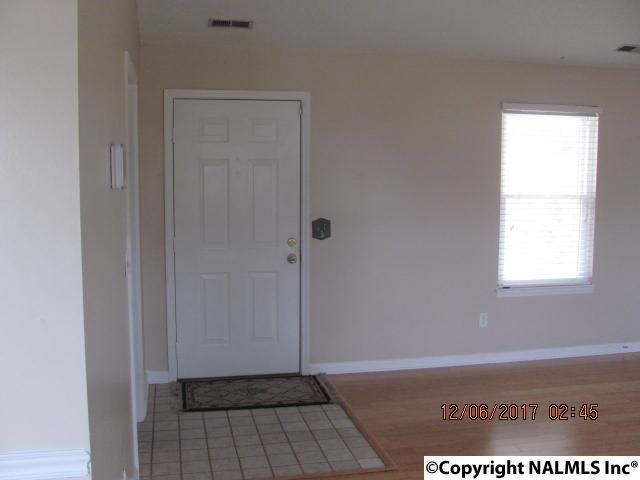 Residential/Single Family - HAZEL GREEN, AL (photo 5)