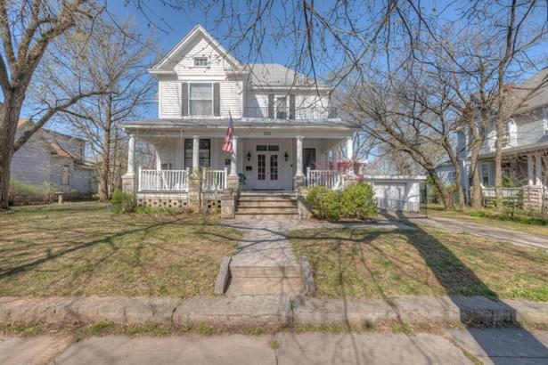 Residential/Single Family - Joplin, MO (photo 1)