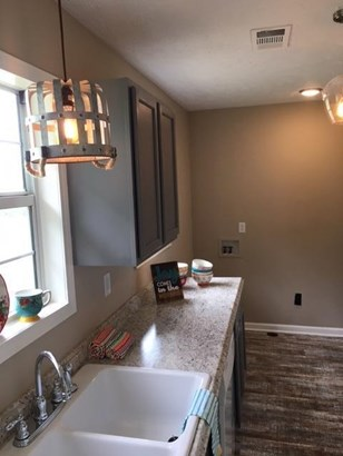 Residential/Single Family - Thaxton, MS (photo 3)