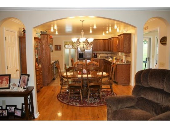 Residential/Single Family - Kingsport, TN (photo 4)