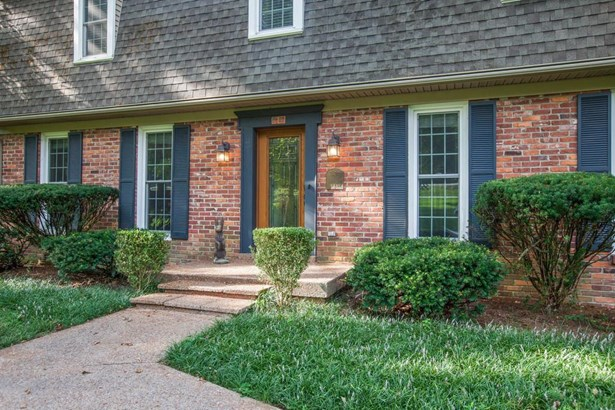 Residential/Single Family - Franklin, TN (photo 4)