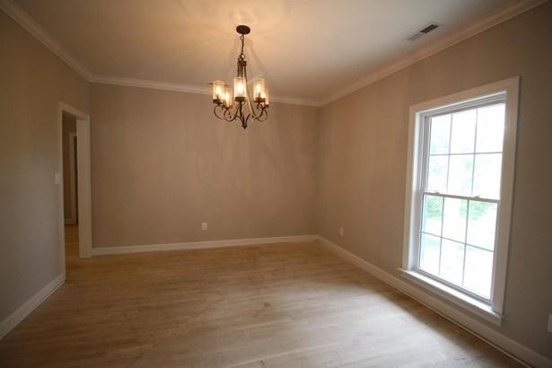 Residential/Single Family - Columbia, TN (photo 4)