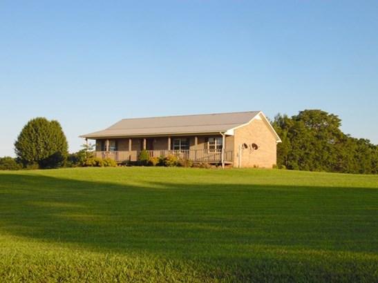 Residential/Single Family - Walling, TN (photo 1)