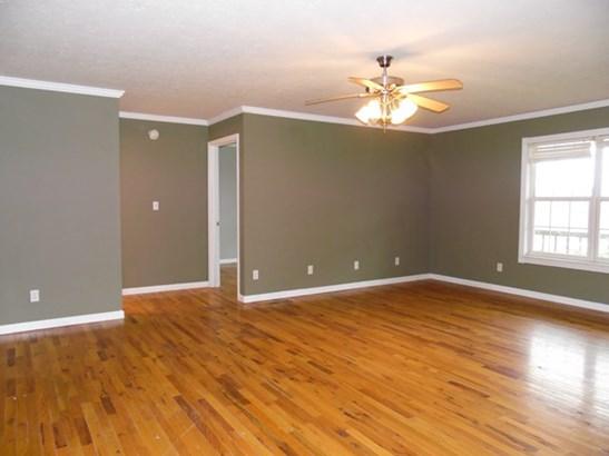 Residential/Single Family - Walling, TN (photo 4)