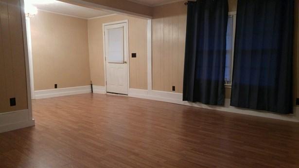 Residential/Single Family - Trenton, TN (photo 3)