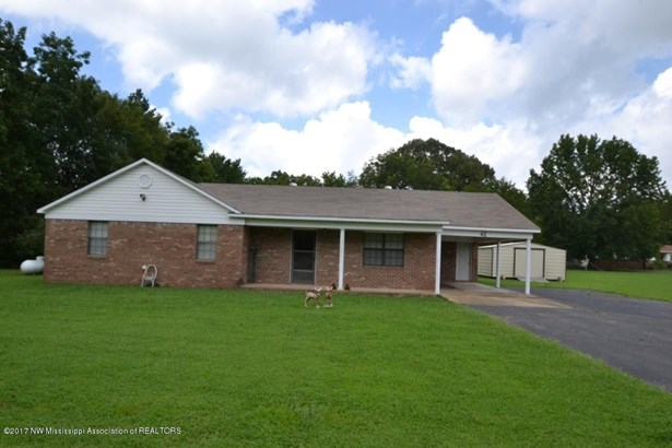 Residential/Single Family - Byhalia, MS (photo 1)