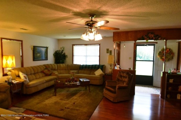 Residential/Single Family - Byhalia, MS (photo 3)