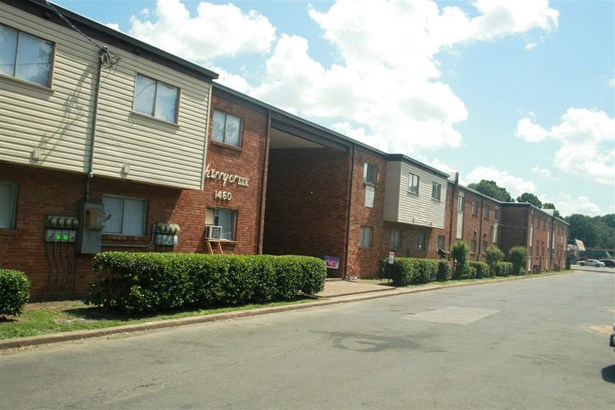 Multi-Family - Memphis, TN (photo 3)