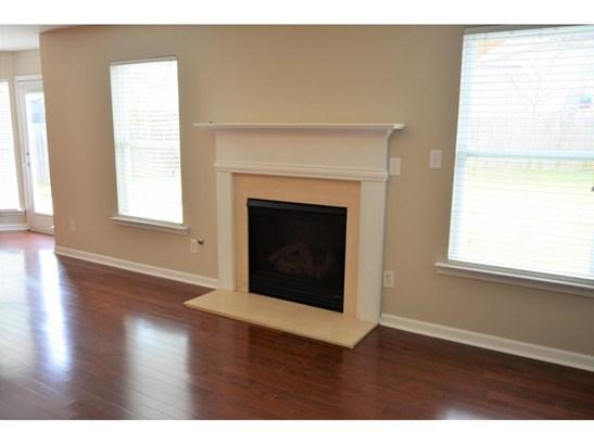 Residential/Single Family - Canton, GA (photo 4)