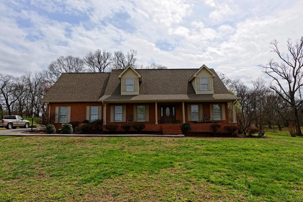 Residential/Single Family - Strawberry Plains, TN