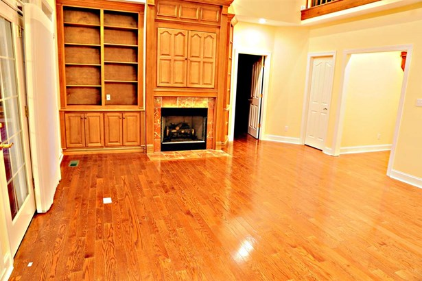 Residential/Single Family - Lexington, TN (photo 5)