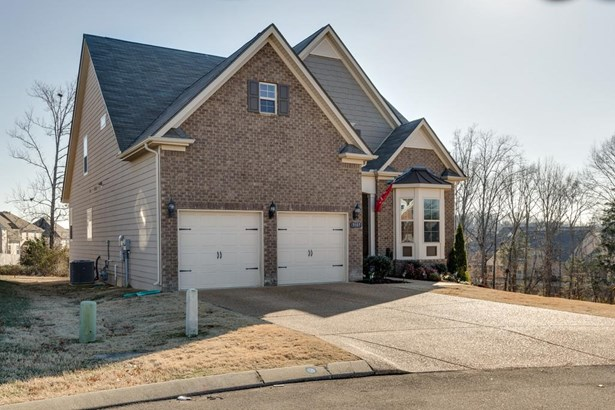 Residential/Single Family - Spring Hill, TN (photo 3)