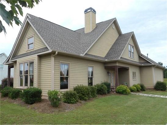 Residential/Single Family - Social Circle, GA (photo 1)
