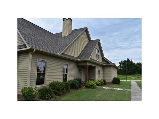 Residential/Single Family - Social Circle, GA (photo 2)