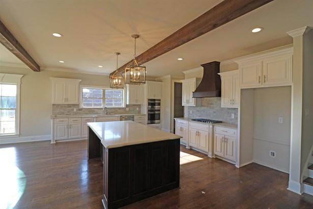Residential/Single Family - Mount Juliet, TN (photo 4)