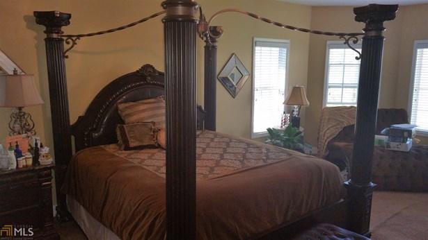 Residential/Single Family - Lithonia, GA (photo 4)