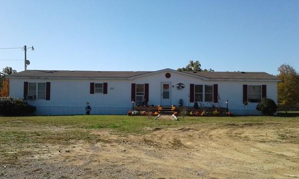 Residential/Single Family - Centerville, TN (photo 1)