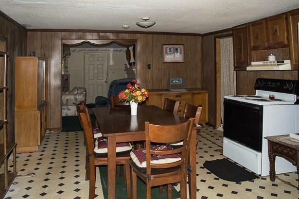 Residential/Single Family - Charleston, TN (photo 4)