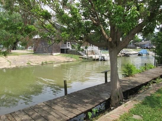 Residential/Single Family - Horseshoe Lake, AR (photo 2)