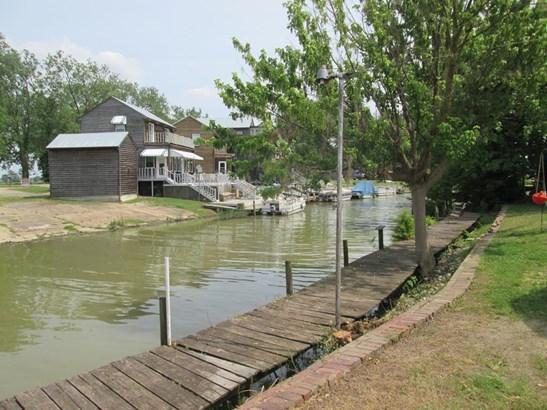 Residential/Single Family - Horseshoe Lake, AR (photo 3)
