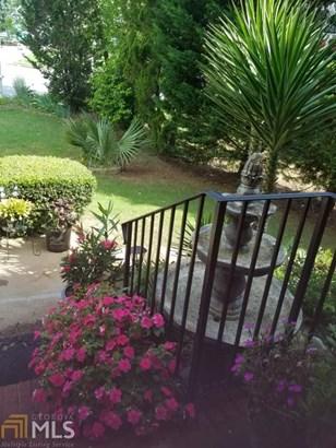 Residential/Single Family - Suwanee, GA (photo 2)