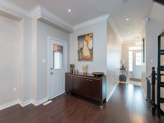 3 Napanee St, Richmond Hill, ON - CAN (photo 4)