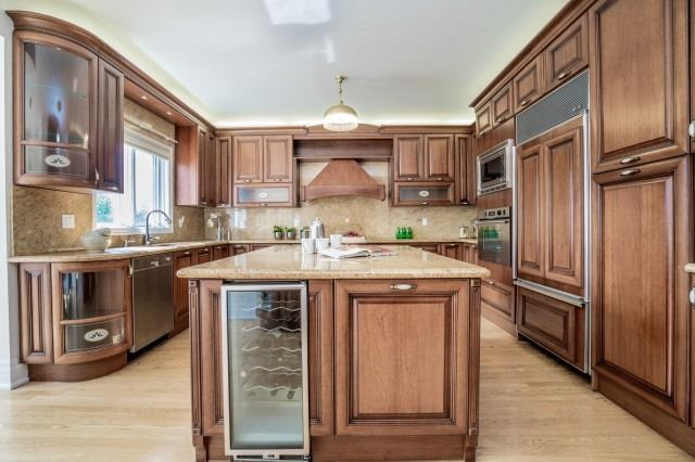81 King High Dr, Vaughan, ON - CAN (photo 5)