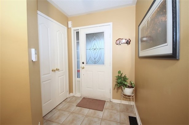 174 Deepsprings Cres, Vaughan, ON - CAN (photo 2)