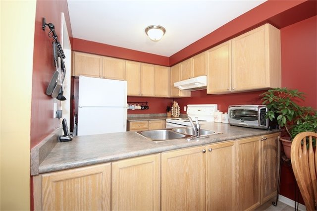 174 Deepsprings Cres, Vaughan, ON - CAN (photo 5)