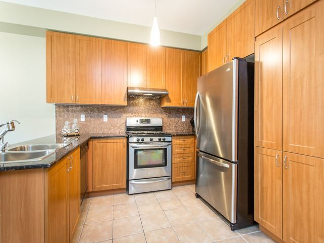 21 Brumstead Dr, Richmond Hill, ON - CAN (photo 4)