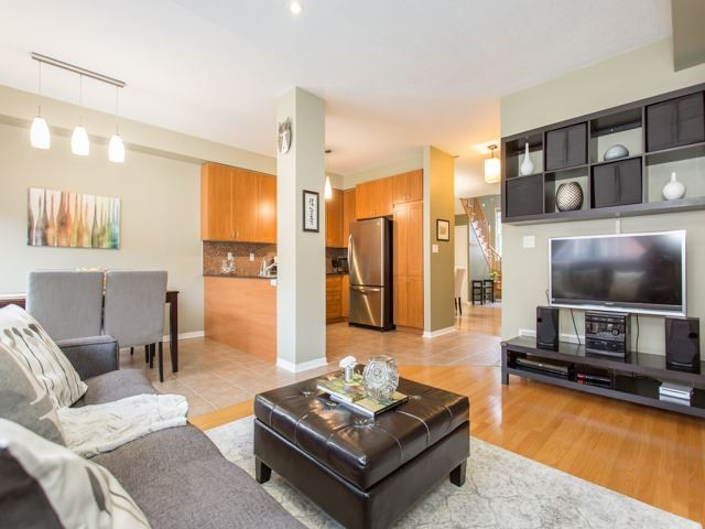 21 Brumstead Dr, Richmond Hill, ON - CAN (photo 5)