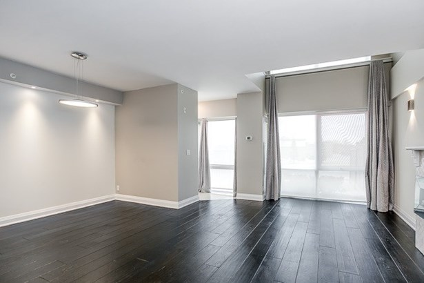 24 Woodstream Blvd 121, Vaughan, ON - CAN (photo 3)