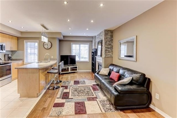 615 Shoreline Dr 8, Mississauga, ON - CAN (photo 3)