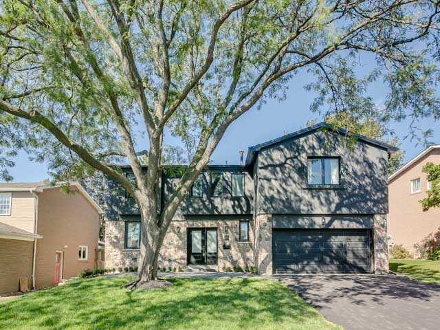 16 Aldenham Cres, Toronto, ON - CAN (photo 1)