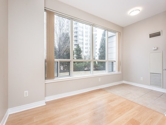 50 Disera Dr 105, Vaughan, ON - CAN (photo 5)
