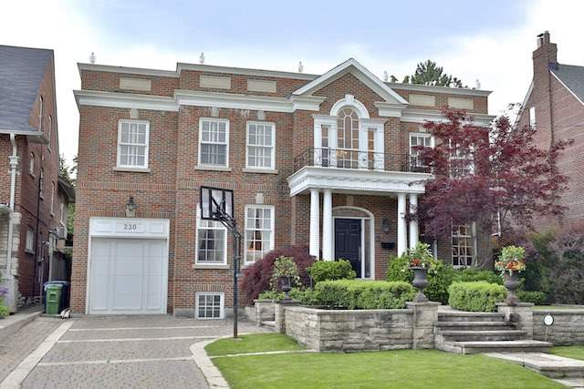 230 Dunvegan Rd, Toronto, ON - CAN (photo 1)